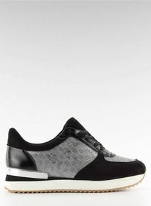 Buty sportowe Inello z płaską podeszwą w sportowym stylu ze skóry ekologicznej