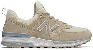 Buty New Balance z płaską podeszwą w sportowym stylu