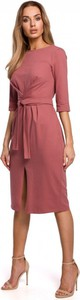 Różowa sukienka MOE midi z długim rękawem