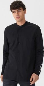 Czarna koszula House w stylu casual z długim rękawem