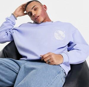 Niebieska bluza Reclaimed Vintage z nadrukiem w młodzieżowym stylu z dresówki