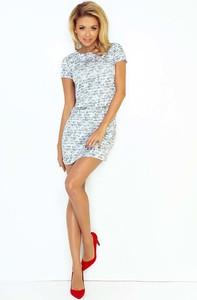 Sukienka NUMOCO z okrągłym dekoltem mini dopasowana