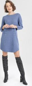 Granatowa sukienka born2be z długim rękawem mini