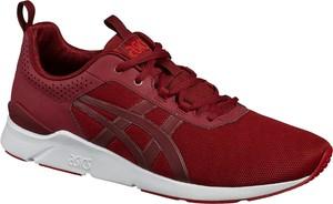 Czerwone buty sportowe ASICS sznurowane w sportowym stylu